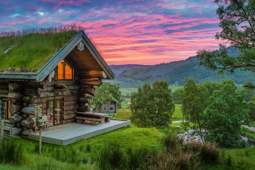 Eagle Brae log cabin in Scotland