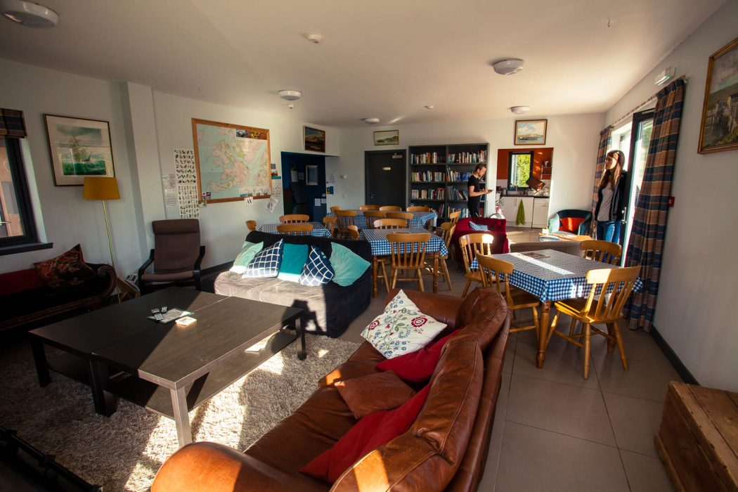 The common room of Craignure Bunkhouse, a great budget accommodation on Mull.