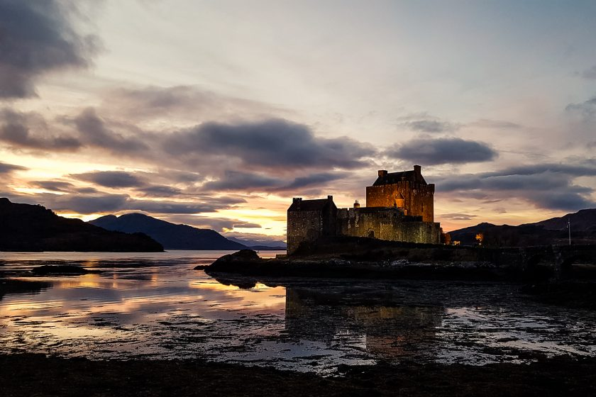 We went on a 10-day Outlander tour of Scotland, leading to key locations of the Outlander book series in the Scottish Highlands and Islands. However, even if you only know the TV show, the tour which leads to these 10 stops (and more) will steal your heart, even if you only know the TV show!