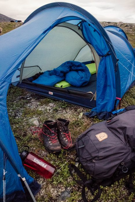 f8ce57366b2a How and what to Pack for Long-Distance Hiking and Trekking - Watch ...