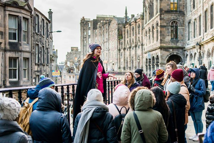 Harry Potter tour guide on a free walking tour in Edinburgh